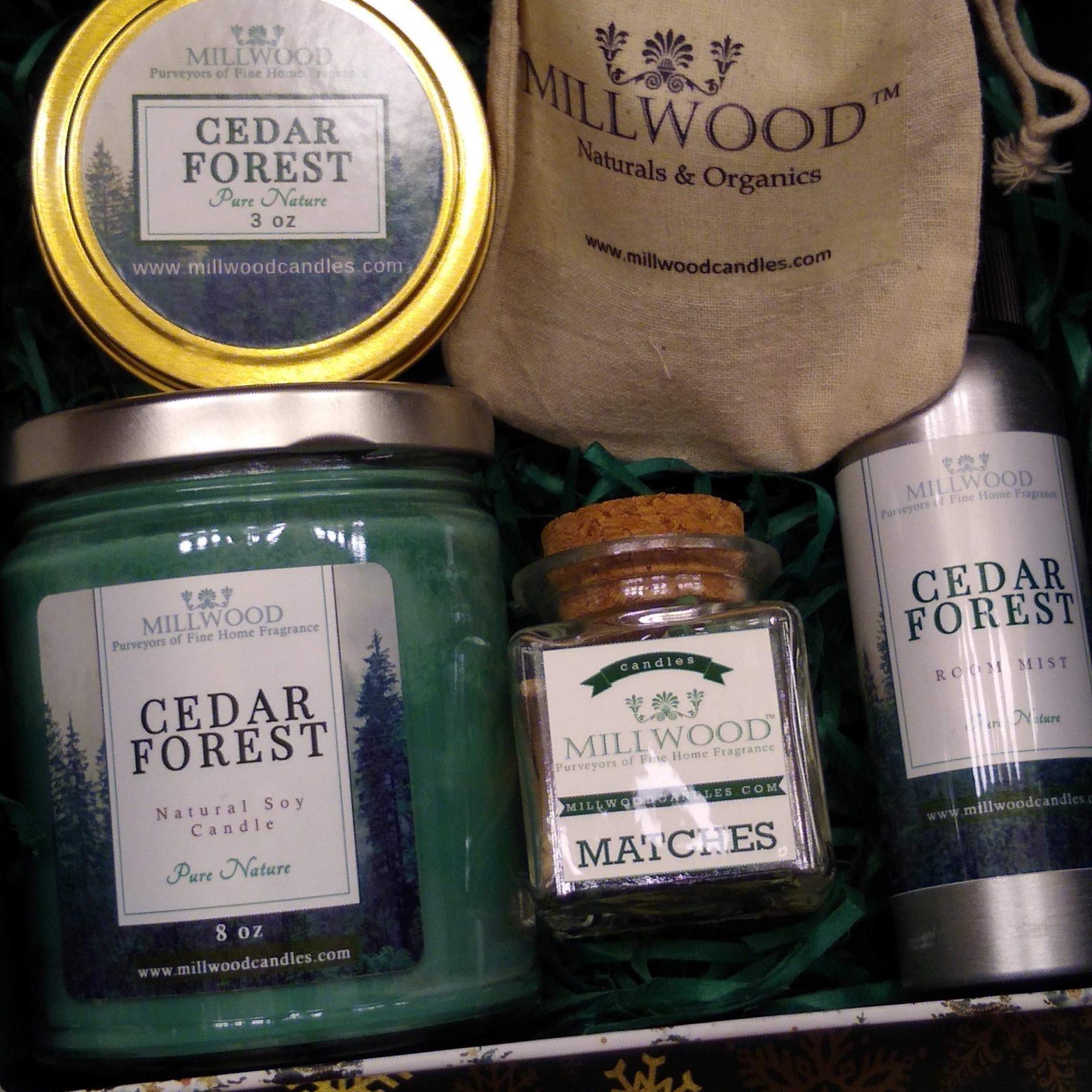 Cedar Christmas Box with Candles